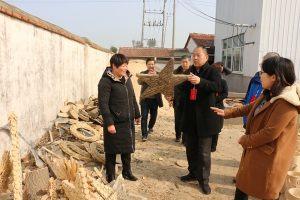 县人大常委会组织视察长官镇基础设施建设及社会发展情况