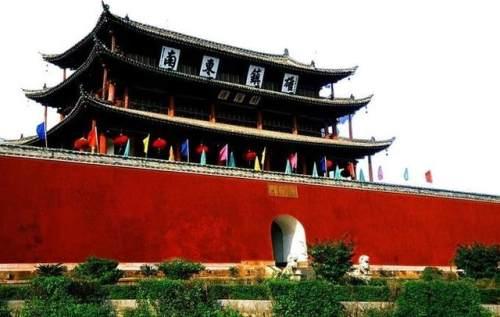 云南小众古城「建水古城」景点与交通攻略